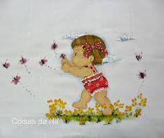 Resultado de imagem para preciso desenhos de menininhas para pintar em fraldas