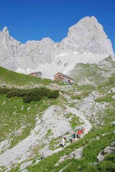 Hüttenwanderung - Karwendel Wandern von Hütte zu Hütte