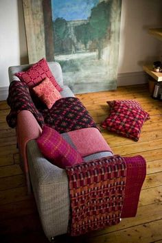 Welch heirloom blankets made at the Melin Tregwynt Mill 100% lambswool! The BEST blanket I've ever owned! Welsh Blanket, Cozy Cottage, Welsh Cottage, Cooling Blanket, Weaving Textiles, Of Wallpaper, Home And Living, Living Rooms, Soft Furnishings