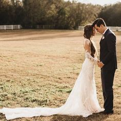 Flawless 31 Wedding Style Kristin Johns https://weddingtopia.co/2018/03/05/31-wedding-style-kristin-johns/ Picking the most suitable wording for your invitation suite can be complicated, but the process doesn't have to be stressful