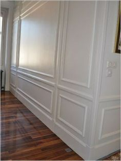 1000 images about wainscoting lambris on pinterest wainscoting stairs a - Revetement mural lambris ...