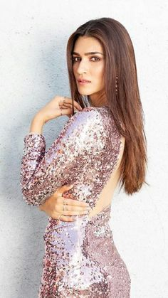 Whatcha lookin at 10 Outfit dollyjstudio 10 Earrings varnikaaroraofficial 10 Styled by sukritigrover 10 Hair aasifahmedofficial 10 Make up adrianjacobsofficial 10 Clicked by ph se photographer Bollywood Actress Hot Photos, Indian Bollywood Actress, Tamil Actress Photos, Bollywood Celebrities, Bollywood Fashion, Indian Actresses, Kriti Sanon Saree, Bollywood Designer Sarees, Celebrity Fashion Looks