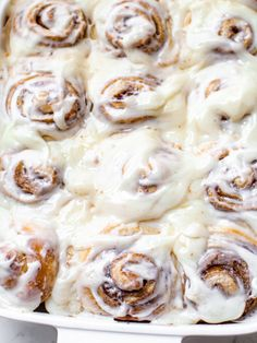 Feather-Light Feather-Light Hamburger Buns | Alyona's Cooking Pioneer Woman Cinnamon Rolls, Quick Cinnamon Rolls, Pillsbury Cinnamon Rolls, Cinnamon Rolls From Scratch, Cinnamon Roll Icing, Cinnabon Cinnamon Rolls, Vegan Cinnamon Rolls, Baking Buns