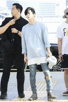 {AIR} 170623 Onew, Jonghyun, Key, Minho - Incheon International Airport to Bangkok - Photos Super Junior T, Bangkok Photos, Shinee Jonghyun, Minho, First Boyfriend, Airport Style, Airport Fashion, Always Smile, Shining Star