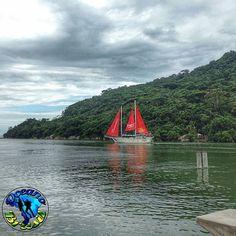""""""" APRESENTA  . .  Uma bela paisagem do país.  O olhar de  @juliofvaz é  destaque no @Oceano_Brasil .  . Foto: BALNEÁRIO CAMBORIU . .…"""""""