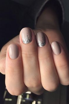 Bridal Nail Art Designs for Women in 2019 - Page 16 of 20 - Fashion : Bridal Nail Art Designs for Women in 2019 Natural Wedding Nails, Simple Wedding Nails, Wedding Day Nails, Wedding Nails Design, Wedding Manicure, Glitter Wedding, Wedding Beauty, Nagellack Design, Nagellack Trends