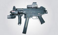 iamarkitekta:  oa-ar15:  HK UMP45  What a pretty weapon.