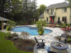 solda-pools-bronze-award-outdoor-concrete-pool-no-water-feature.jpg 700×525 pixels