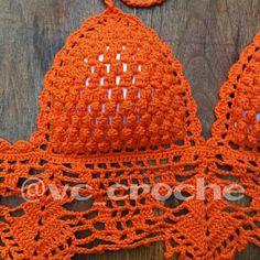 No photo description available. Crochet Bra, Crochet Clothes, Crochet Hats, Crochet Dresses, Color Naranja, Couture, Bra Tops, Tatting, Creations