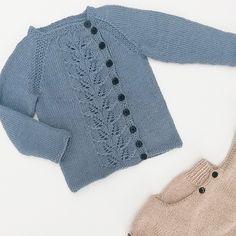 Ravelry: Autumn leaves jacket / Høstløvjakke pattern by Marianne J. Knitting For Kids, Knitting Projects, Baby Cardigan, Baby Boy Fashion, Knitted Shawls, Autumn Leaves, Knitwear, Ravelry, Pullover