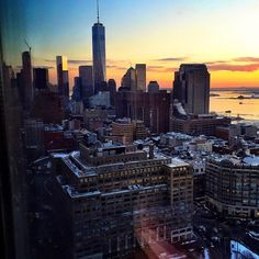 Freedom tower and Sunrise in #nyc by @scottlipps