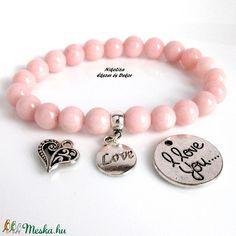 Valentin napi rózsaszín jáde ásványkarkötő választható medállal, ajándék organza dísztasakkal (NikoLizaEkszer) - Meska.hu Jade, Valentino, Beaded Bracelets, Jewelry, Jewellery Making, Jewels, Pearl Bracelets, Jewlery, Jewerly