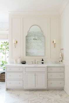 Tour the master bathroom and bedroom of our Cove Remodel! marble bathroom Source by sepidehmmm The post Cove Remodel Master Suite appeared first on Rosemary Design. Bad Inspiration, Bathroom Inspiration, Bathroom Ideas, Bathroom Organization, Bathroom Storage, Bath Ideas, Budget Bathroom, Bathroom Styling, Bathroom Renovations