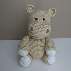 harriet-the-hippo-crochet-pattern