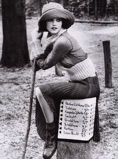 Lida Egorova - December 2000 - An enchanting look - Vogue Italia - Photo by Ellen von Unwerth