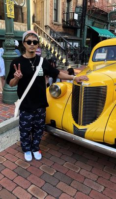 Kurt Cobain, Baekhyun, Hipster, Sunglasses, Style, Fashion, Swag, Moda, Stylus