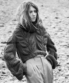 Женские пуловеры с листьями http://mslanavi.com/2014/02/zhenskie-modeli-s-listyami-ot-costello-tagliapietra-i-ne-tolko/