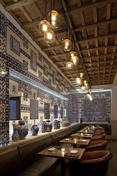 La Sandia, use of blue porcelain tiles....cuz I'll have a full cafe/bar in my house someday...