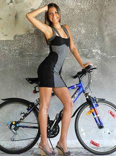 Miscelaneus Bike Girls V Bicycle Race, Bicycle Girl, Easy Rider, Sport Bikes, Bodycon Dress, Sporty, Fitness, Pretty, Dresses