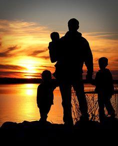 I love sillouettes...Father's Day idea!!