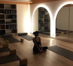 Yoga Inspiration, Fitness Inspiration, Future House, Gym Room, Gym Design, Yoga Room Design, Workout Aesthetic, Jolie Photo, Dream Life