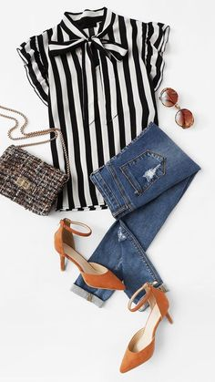Such a sweet idea to combine stripes with an accent shoe! - Such a sweet idea to combine stripes with an accent shoe! Look Fashion, Autumn Fashion, Fashion Outfits, Womens Fashion, Fashion Trends, Jeans Fashion, Fashion Kids, Mode Jeans, Neue Outfits