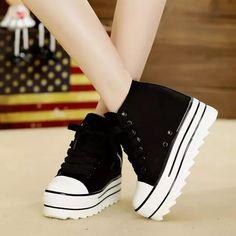 9c882307d9 12 melhores imagens de Sapatos Retro