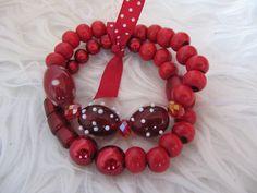 Rode kralen armband. Made By sandracreaties sandracreaties-mijnwebwinkel.nl