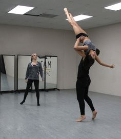 Shannon Mather rehearsing Lonni Olson and Jace Zeimentz (photo by Tamerra Herres)