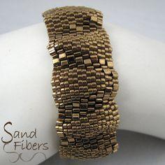 Small Bronze Ripples Peyote Bracelet 3301 van SandFibers op Etsy