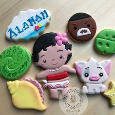 "144 Likes, 8 Comments - Tuyet Huynh (@busybeebyj) on Instagram: ""#moanacookies #moanababy #babymoana #babymoanacookies #cookiesofinstagram #sugarcookies…"""