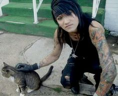 Ashley Purdy, I have this on my cat board but it is worth pinning again.
