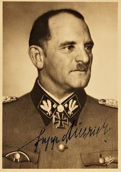 Josef Dietrich (15. August 1938 bis 4. Juli 1943 Divisionkommandeur)
