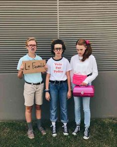 The cast of Napoleon Dynamite Halloween costume #halloween #halloween-costume #costume-ideas #funny-halloween-costumes #punny-costumes #pun-costume Follow us on Pinterest: www.pinterest.com/yourtango