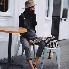 Le parfait look de bord de mer (salopette Citizens of Humanity - photo Andy Csinger) Look Fashion, Fashion Outfits, Womens Fashion, Fashion Trends, Looks Style, Style Me, Spring Summer Fashion, Autumn Fashion, Estilo Hippie Chic