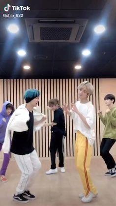 Seokjin, Namjoon, Taehyung, Chinese Clothing Traditional, Then Vs Now, Bts Funny Videos, Felix Stray Kids, Kpop, Min Suga