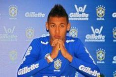 Fred begs Neymar to stay in Brazil