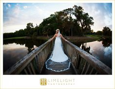 bride and groom, Florida, Country club, Tampa palms, wedding dress, www.stepintothelimelight.com, Limelight photography