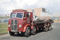 CDs Vintage Trucks, Old Trucks, Old Lorries, Old Commercials, Air Fighter, Commercial Vehicle, Classic Trucks, Heavy Equipment, The Good Old Days