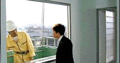 Funny Joke Pictures : Japanese Window Cleaner Gif