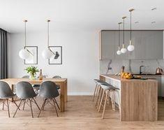 Aranżacje wnętrz - Salon: Zielona elegancja - Średni salon z jadalnią z tarasem / balkonem, styl nowoczesny - Studio Projekt. Przeglądaj, dodawaj i zapisuj najlepsze zdjęcia, pomysły i inspiracje designerskie. W bazie mamy już prawie milion fotografii!