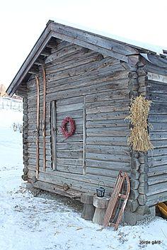 Julenek på tømret stabbur
