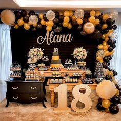 18 year old party with style! The golden palette with black and the well organized scenery, brought an air of refinement to the decor! I loved it! 18th Birthday Party, Gold Birthday, Birthday Party Themes, Diy Birthday Decorations, Graduation Party Decor, Gold Party, Backdrops For Parties, Balloons, Palette