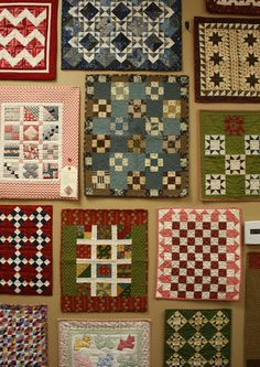 Lovely little mini Quilts !!!