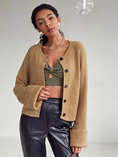 Black Friday Sale SHEIN Drop Shoulder Button Front Cardigan Fall Fashion Outfits, Grunge Outfits, Autumn Fashion, Cheap Online Shopping, Shopping Deals, Beach Outfits Women Vacation, Family Picture Outfits, Black Girl Fashion, Fashion Books