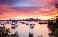 オーストラリア、シドニー > シドニーにあるレッド・ハーバーからの「完璧な風景」を紹介しよう。スカイラインの右側に、世界的に有名なオペラハウスが見える。Photo by Enrico Becker via 500px.