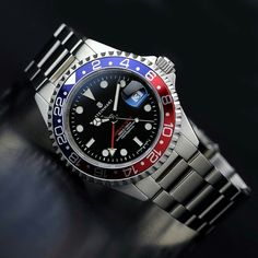 GMT-OCEAN 1 BLUE RED - Steinhartwatches Best Watches For Men, Luxury Watches For Men, Cool Watches, Vintage Rolex, Vintage Watches, Fossil Watches, Rolex Watches, Steinhart Watch, Rolex Submariner