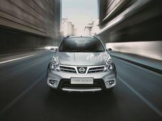 Acaba de sair a linha 2014 do Nissan Livina e Grand Livina. Conheça…