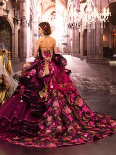 Image about fashion in Vestidos. Fabulous Dresses, Stunning Dresses, Beautiful Gowns, Pretty Dresses, Gorgeous Dress, Beautiful Flowers, Quinceanera Dresses, Prom Dresses, Dresses Uk