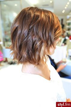 Short Ombre Hair Color Short Haircut for Women Medium Hair Cuts, Medium Hair Styles, Short Hair Styles, Medium Cut, Medium Layered, Layered Bobs, Layered Haircuts For Medium Hair Round Face, Medium Bobs, Long Layered